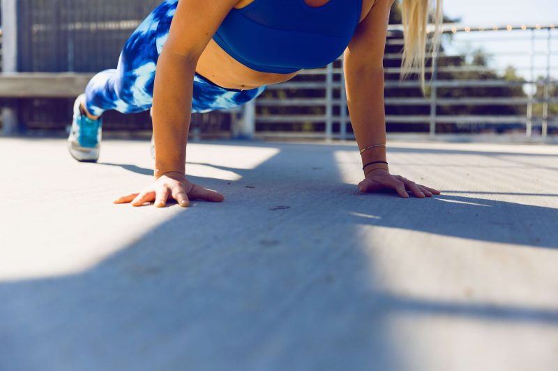 girl doing push ups